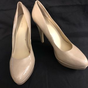 Size 10 Nine West Taupe Patent Leather Pumps